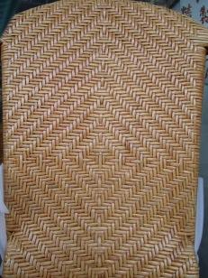 傳統籐編十分考究手工、圖案、對稱、軸心